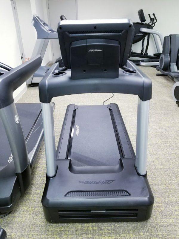 Life Fitness Integrity Hercules INTSC Treadmill